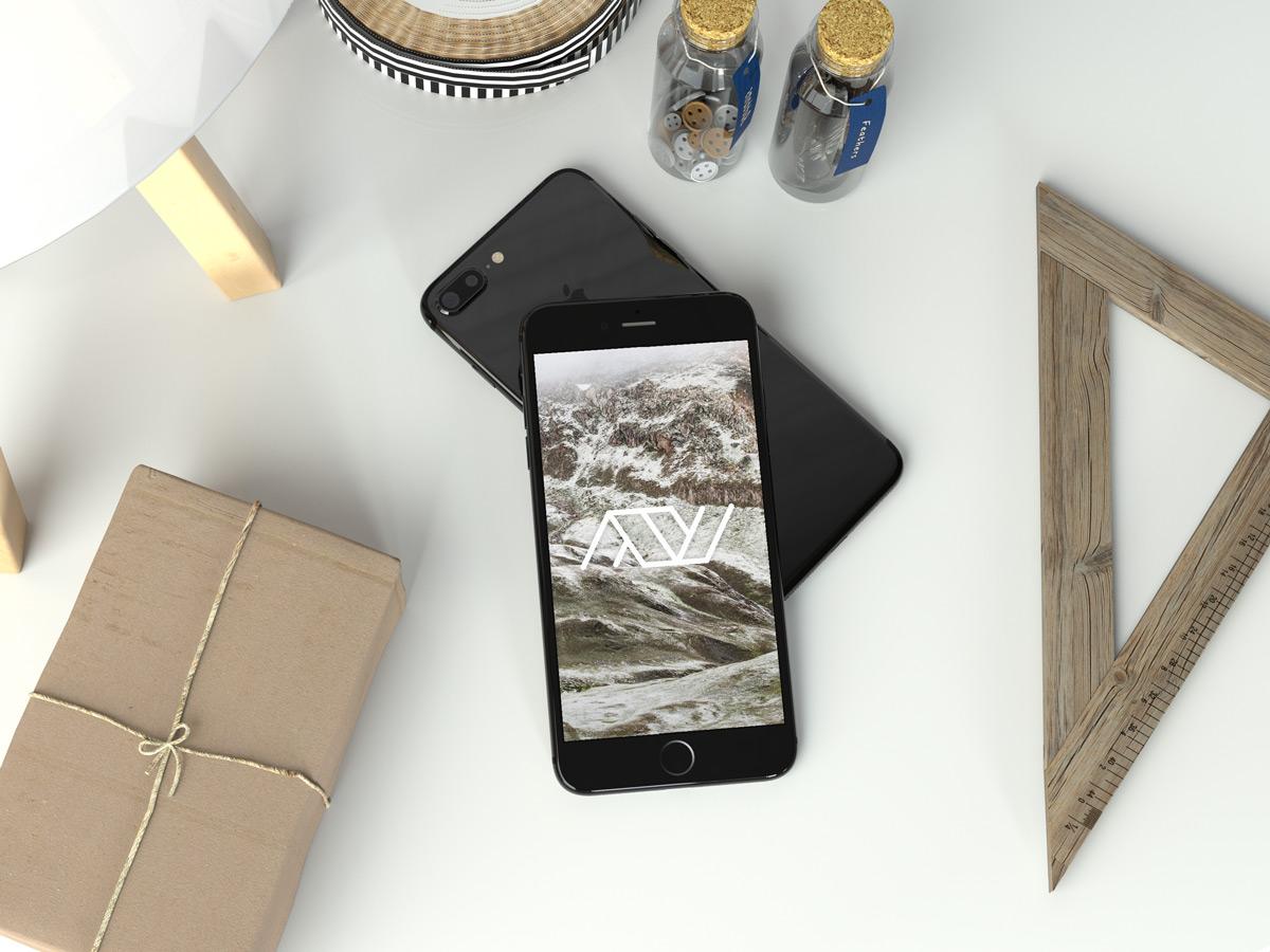 Realistic-Jet-Black-iPhone-7-Plus-Mockup---Anthony-Boyd